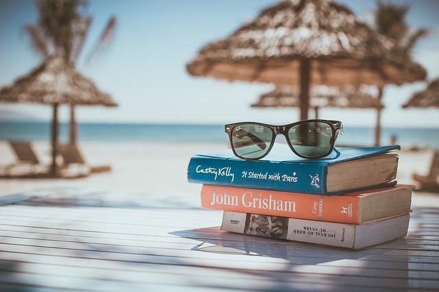 海と本と眼鏡と